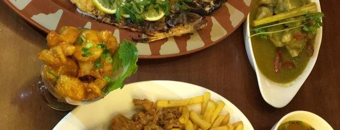 مطعم ومنتزه الجدّاف للمأكولات البحرية is one of Yanbu.