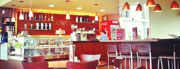 Fran's Café is one of Lugares favoritos de Frederico.