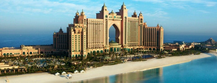 Atlantis The Palm is one of Locais curtidos por Aisha.