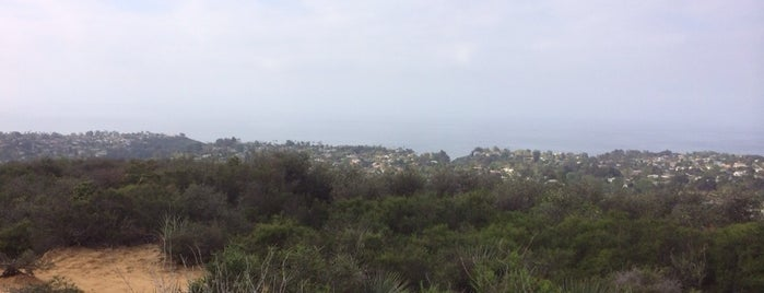 Temescal Canyon is one of Loriさんのお気に入りスポット.
