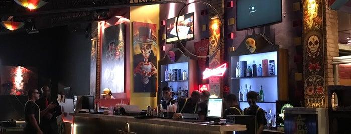 Joe Tequila is one of Tempat yang Disukai Thais.