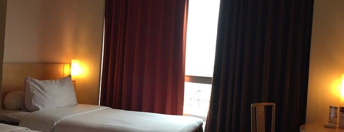 Hotel ibis Jakarta Kemayoran is one of @Jakarta, Indonesia #1.