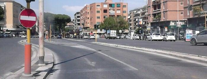 Piazza Pio XI is one of Lieux qui ont plu à Daniele.