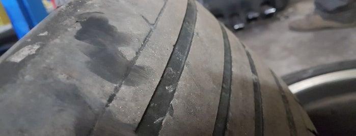 Auto-pneu-servis Jenda is one of Lieux qui ont plu à Antonin.