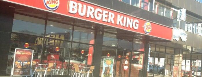 Burger King is one of Locais curtidos por Seray.
