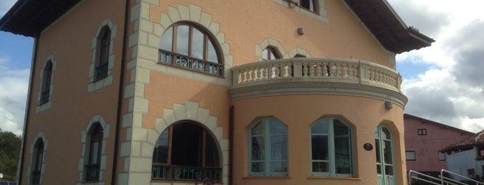 La Casona Del Viajante is one of Locais curtidos por Jose Antonio.