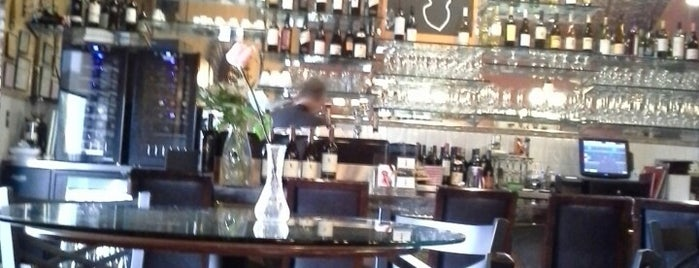 Romeo & Julieta Wine Cafe is one of San Diego To-Do List.