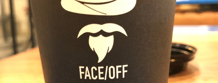 FACE/OFF CAFE   SAAD SQUARE is one of Queen'in Kaydettiği Mekanlar.