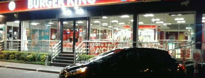 Burger King is one of Muzafferさんのお気に入りスポット.