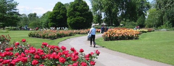 Regent's Park is one of Lugares donde estuve en el exterior.