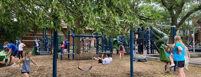 Hamlin Park is one of Chicago Park District Fitness Centers.