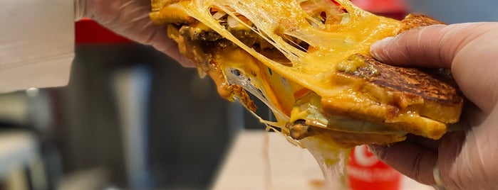 Burger Cheese Volcano is one of To visit.