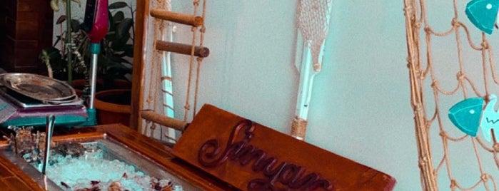 Sinyar SeeFood | مطعم سنيار للمأكولات البحرية is one of สถานที่ที่ Munira ถูกใจ.