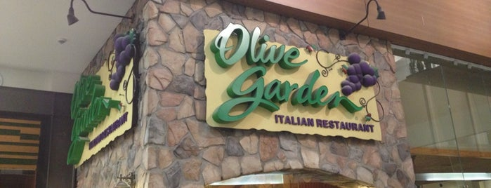 Olive Garden is one of Restaurantes.