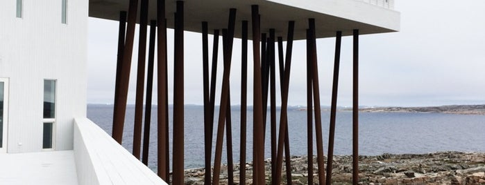 Fogo Island Inn is one of Locais salvos de Andre.