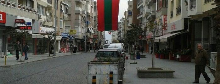 Alaybey Çarşı is one of สถานที่ที่ Çağlar ถูกใจ.