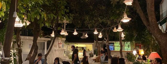 Bahçe Restaurant is one of Aslı'nın Beğendiği Mekanlar.
