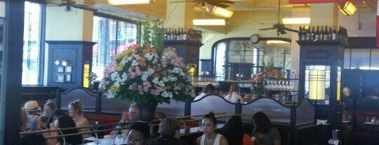 Can Can Brasserie is one of Mugel Wedding.