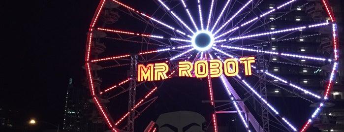 Mr. Robot Ferris Wheel is one of Lieux qui ont plu à Richard.