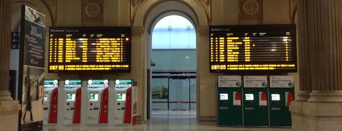 Stazione Trieste Centrale is one of Lugares favoritos de Alex.
