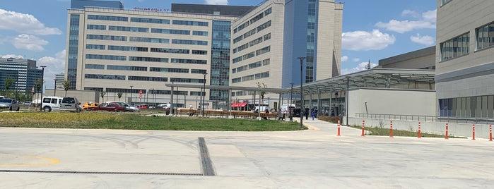 Ankara Şehir Hastanesi is one of Tempat yang Disukai BuRcak.