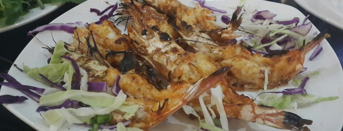 Fish Basket Iranian Resturant is one of Dubai Food 6.