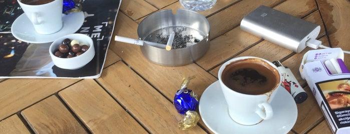 Kahve Dünyası is one of สถานที่ที่ Özlem Bayrak👑 ถูกใจ.