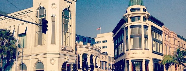 Rodeo Drive is one of California.