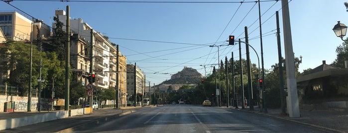 Syntagma is one of Sergio M. 🇲🇽🇧🇷🇱🇷'ın Beğendiği Mekanlar.