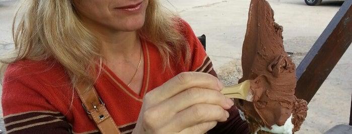 Cremolatti is one of Posti che sono piaciuti a Tami.
