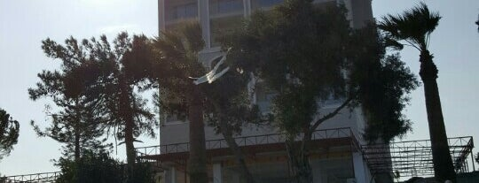 Aurum Moon Hotel is one of สถานที่ที่ SUAT YALÇIN ถูกใจ.