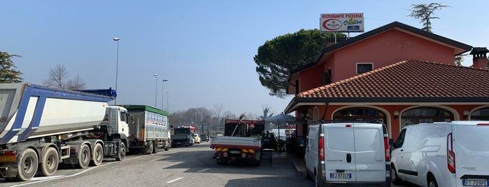 Ristorante pizzeria al Paradiso is one of Ristoranti.