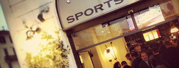 Rookies Sports Bar is one of Darwich 님이 좋아한 장소.