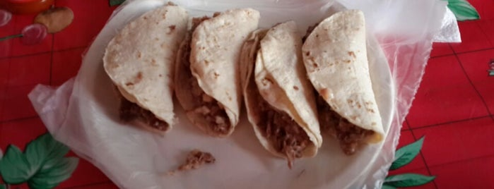 "Tacos De Cabeza ""Martín"" is one of Gaston : понравившиеся места."