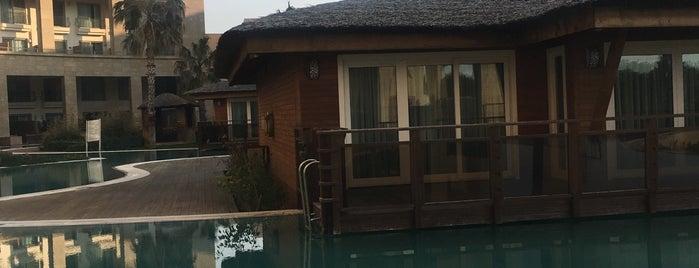 Kaya Hotels Belek Antalya is one of Orte, die EMRE gefallen.