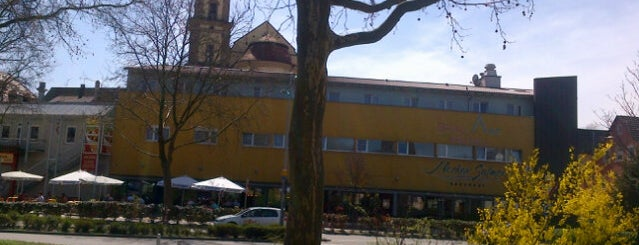 Neckarsulmer Brauhaus is one of Locais curtidos por Leonardo.
