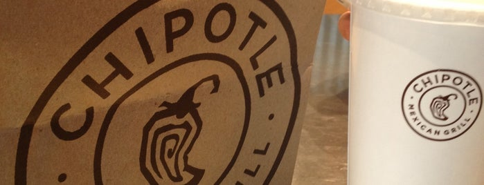Chipotle Mexican Grill is one of Claireさんのお気に入りスポット.