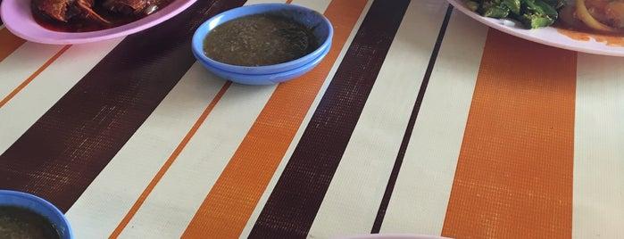 Restoran Silaturrahim is one of Posti salvati di Azaruddin Azral.