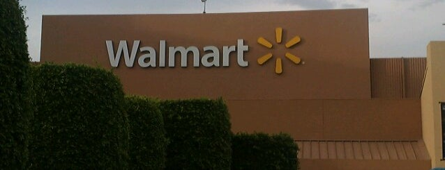 Walmart is one of Jesús Ernesto 님이 좋아한 장소.
