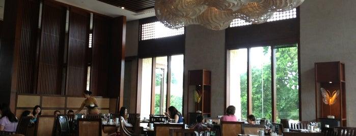 Vintana, Shangri-La's Boracay Resort & Spa is one of Lugares favoritos de Louis Anthony.