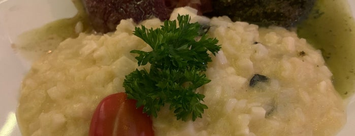 Des Cucina is one of Perto de casa.
