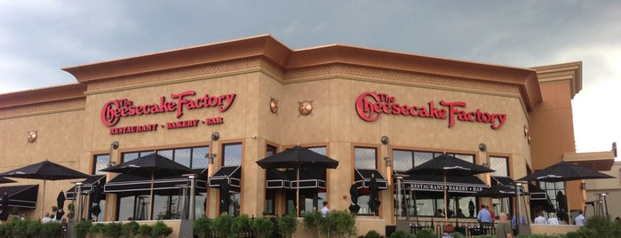 The Cheesecake Factory is one of Lisa'nın Beğendiği Mekanlar.