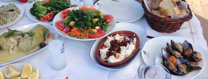 Liman Restaurant is one of Orte, die Ugur gefallen.