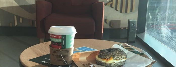 Starbucks is one of Orte, die Melis gefallen.