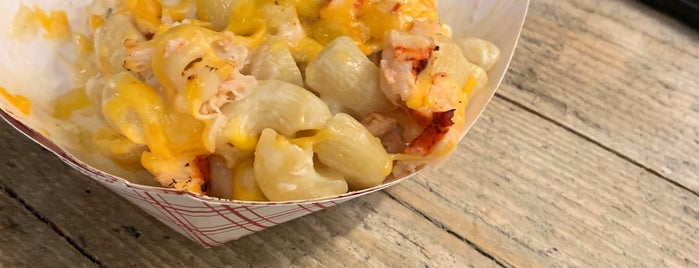 Red Hook Lobster Pound is one of Food To Done.