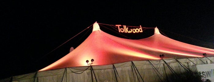 Tollwood Sommerfestival is one of Lugares favoritos de Julia.