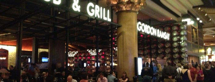 Gordon Ramsay Pub & Grill is one of Tempat yang Disimpan Allison.
