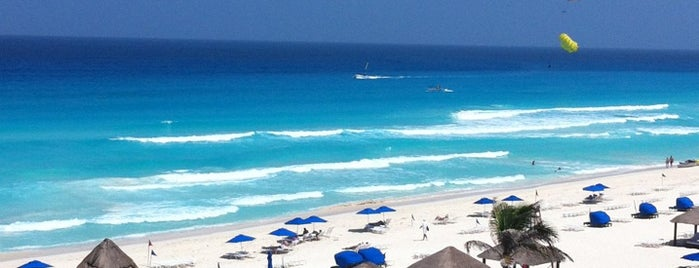 The Ritz-Carlton, Cancun is one of Condé Nast Traveler Platinum Circle 2013.
