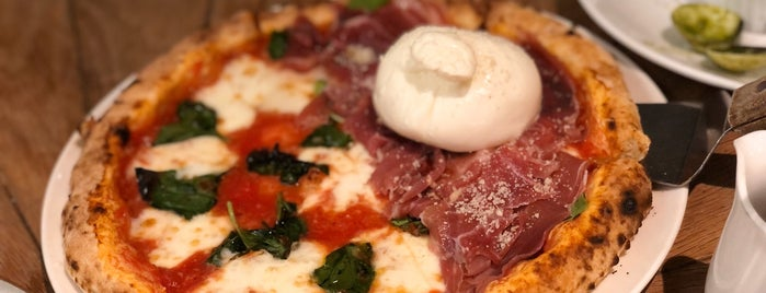 Pizza 4P's Saigon Center is one of jooさんのお気に入りスポット.