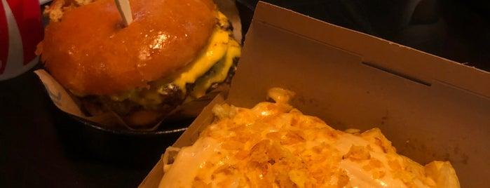 REVE Burger / ريڤ برجر is one of حايل hail.